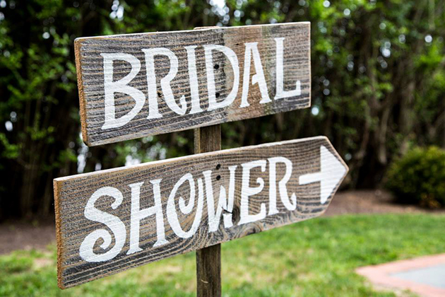 Who Gets Invited To Your Bridal Shower